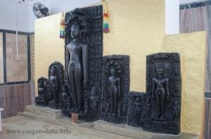 Statues at Mahadeb Berya Jain Temple
