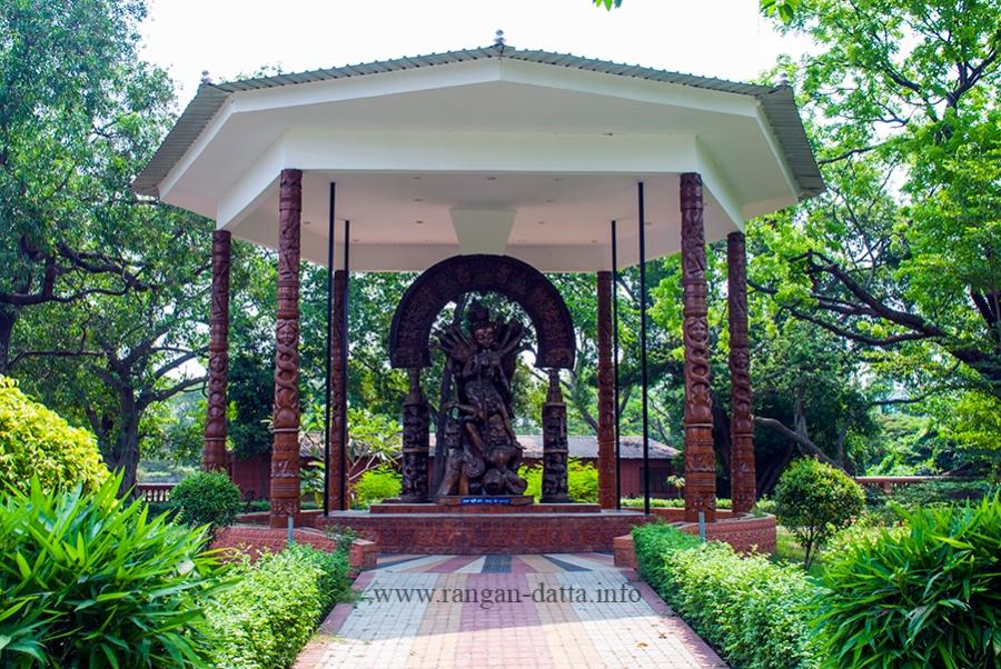 Idol of Chetla Agrani Club (2017), Ma Phire Elo, Durga Museum, Rabindra Sarobar