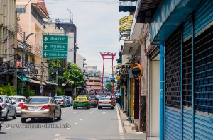 Giant Swing, visible through the strets of Bangkok